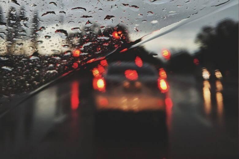 embaçado dos vidros dos carros